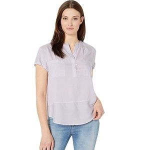 3/$30 New Vince Camuto blouse